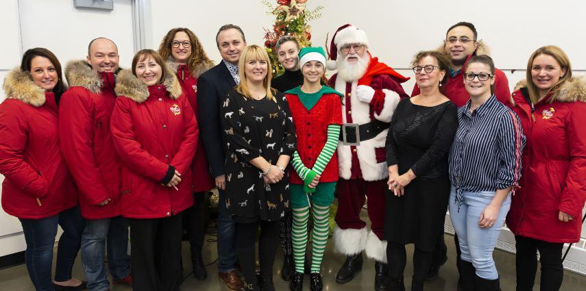 Le comité organisateur de la Magie de Noël, le père Noël, Raoul-Chagnon et NousTV